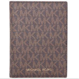 Michael Kors Bedford Passport Wallet